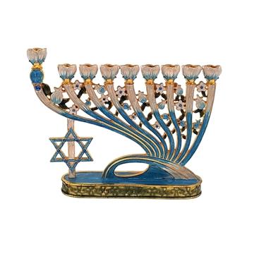 תמונה של חנוכיה מתכת - מעוטרת מגן דוד