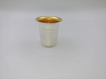 תמונה של גביע לקידוש