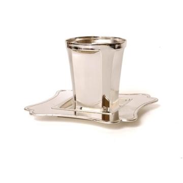 תמונה של סט גביע לקידוש