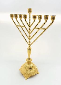 """תמונה של חנוכיה  """"חב""""ד"""" - דגם זהב"""